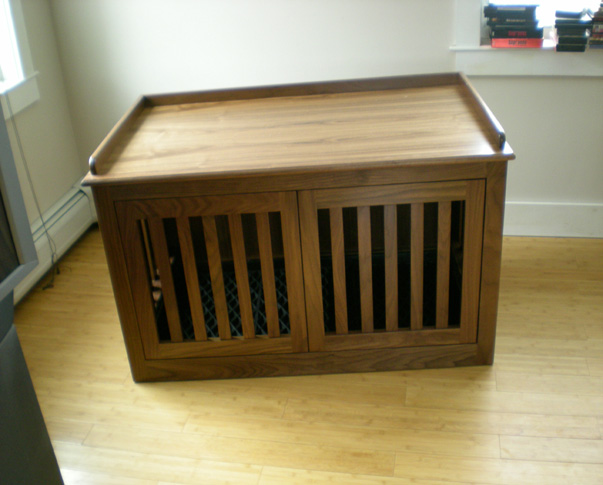 Double Dog Crate with Pocket Doors