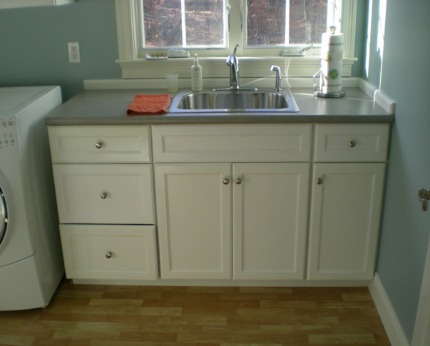 Treehouse Woodworking - Custom Design - laundry_room_custom_cabinets