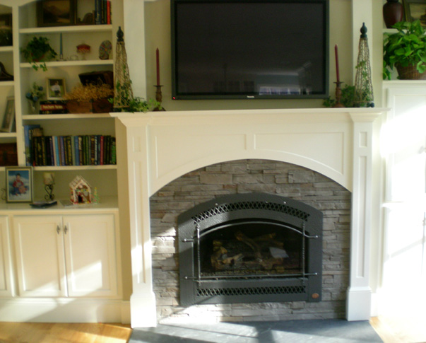 Treehouse Woodworking raised_panel_fireplace_built_in_bookcase.jpg